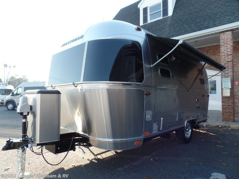 Excellent 2017 Airstream RV Flying Cloud 19C Bambi For Sale In Lakewood NJ 08701 | 11125 | RVUSA.com ...