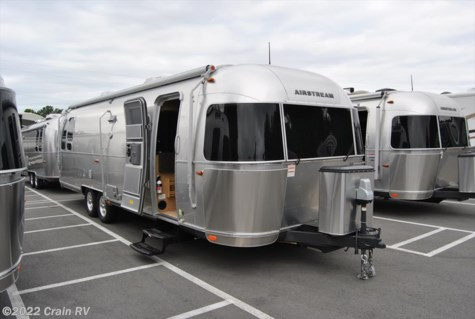 2016 Airstream Flying Cloud  30 FT