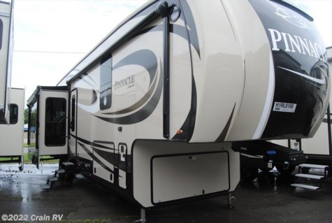 2017 Jayco Pinnacle  36FBTS   $60,888.00
