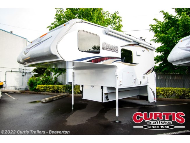 2020 995 by Lance from Curtis Trailers - Portland in Portland, Oregon