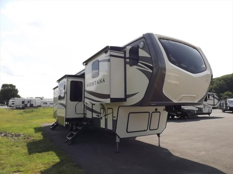 New 2018 Keystone Montana 3820FK For Sale by Diamond RV Centre, Inc. available in West Hatfield, Massachusetts