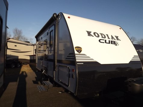 New 2018 Dutchmen Kodiak Cub 176RD For Sale by Diamond RV Centre, Inc. available in West Hatfield, Massachusetts