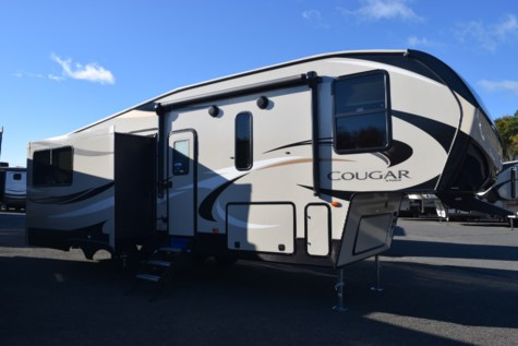 New 2019 Keystone Cougar Half-Ton 28SGS For Sale by Diamond RV Centre, Inc. available in West Hatfield, Massachusetts