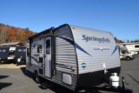 New 2019 Keystone Springdale Summerland Mini 1750RD For Sale by Diamond RV Centre, Inc. available in West Hatfield, Massachusetts