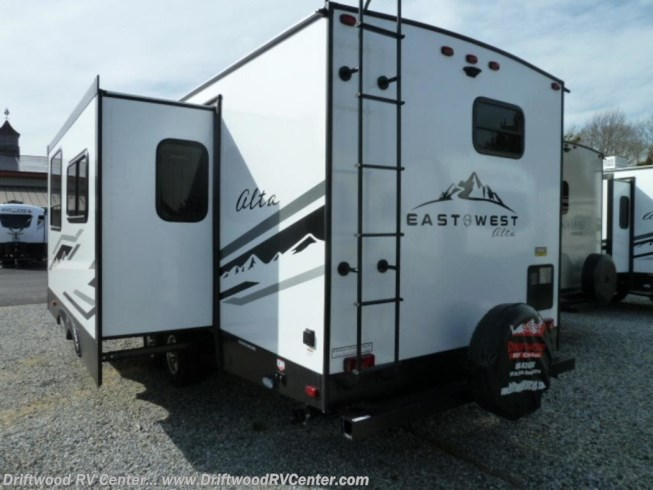 2020 East to West Alta 2600KRB - New Travel Trailer For Sale by Driftwood RV Center in Clermont, New Jersey