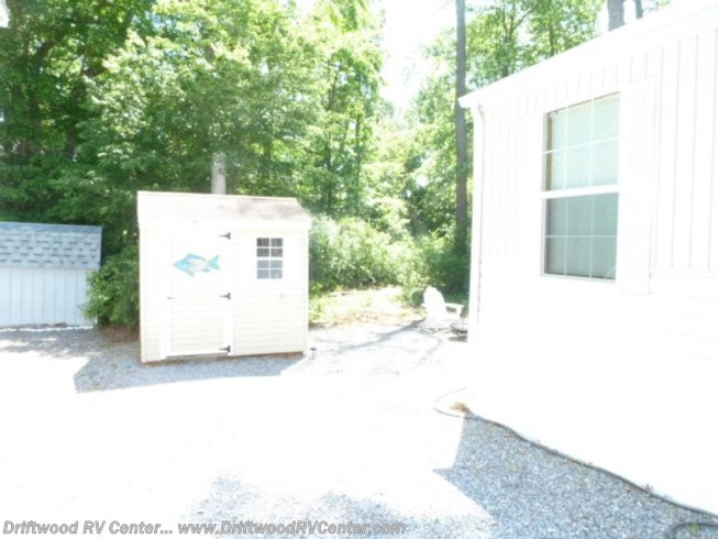 2011 Dutchmen Breckenridge 1238FK - Used Park Model For Sale by Driftwood RV Center in Clermont, New Jersey
