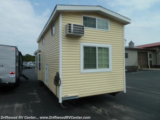 2012 Skyline Shore Park 1BR - Used Park Model For Sale by Driftwood RV Center in Clermont, New Jersey