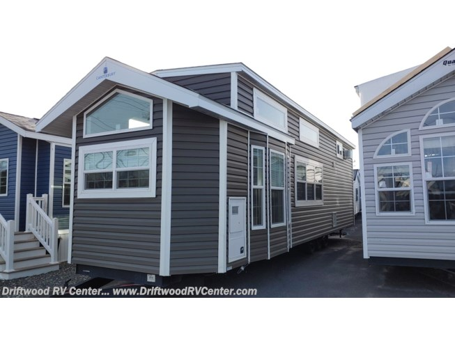 2021 Canterbury Parkvue 38FKISL by RC Industries from Driftwood RV Center in Clermont, New Jersey