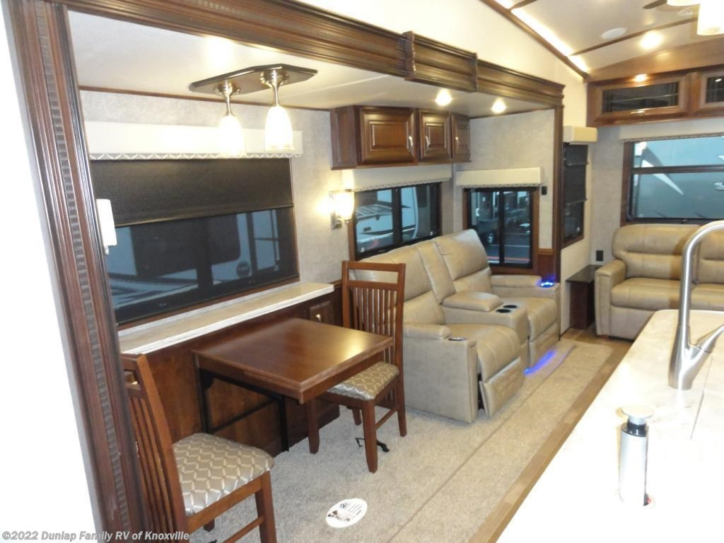 2018 Jayco pinnacle