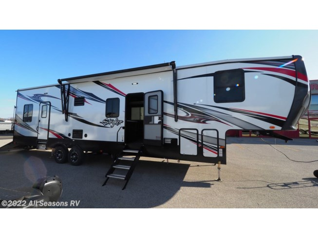 New 2020 Cruiser RV Stryker STF-3313 available in Muskegon, Michigan