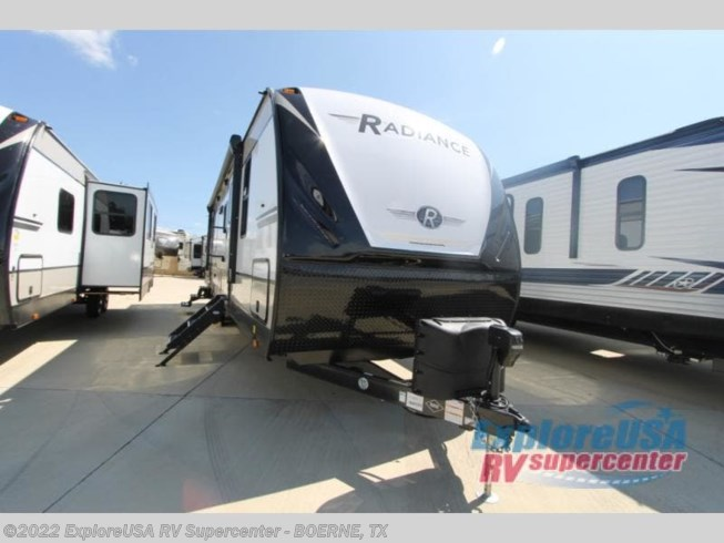 2021 Radiance Ultra Lite 30DS by Cruiser RV from ExploreUSA RV Supercenter - BOERNE, TX in Boerne, Texas