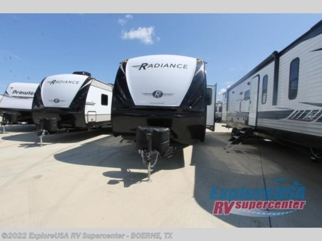 New 2021 Cruiser RV Radiance Ultra Lite 30DS available in Boerne, Texas