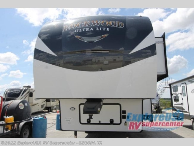 2021 Forest River Rockwood Signature Ultra Lite 2891BH - New Travel Trailer For Sale by ExploreUSA RV Supercenter - SEGUIN, TX in Seguin, Texas