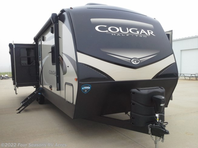 New 2019 Keystone Cougar Half-Ton 32RLI available in Abilene, Kansas