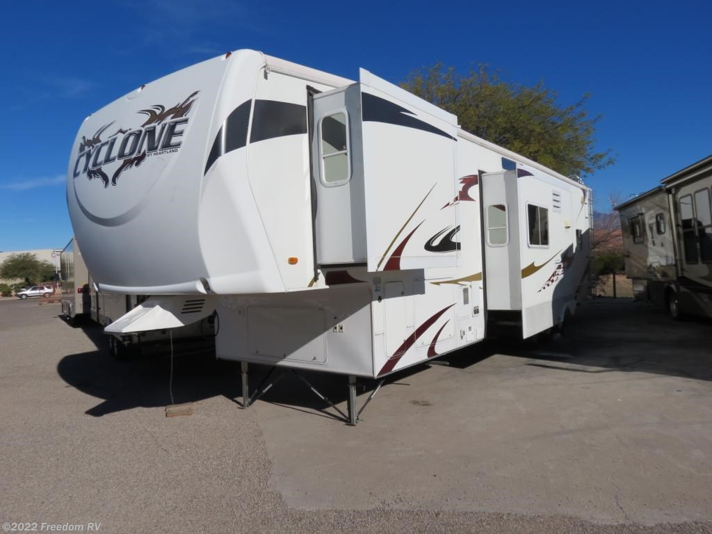 Lastest MB ROM 2C0 8889344444  RV Four Seasons  4 Seasons RV  Four Seasons RV  RV 4 Seasons  2005 Transport 36WTB Toy Hauler 5th Wheel Toy Hauler For Sale In Arizona This Toy Hauler Fifth Wheel Has A Rear Garage With 2
