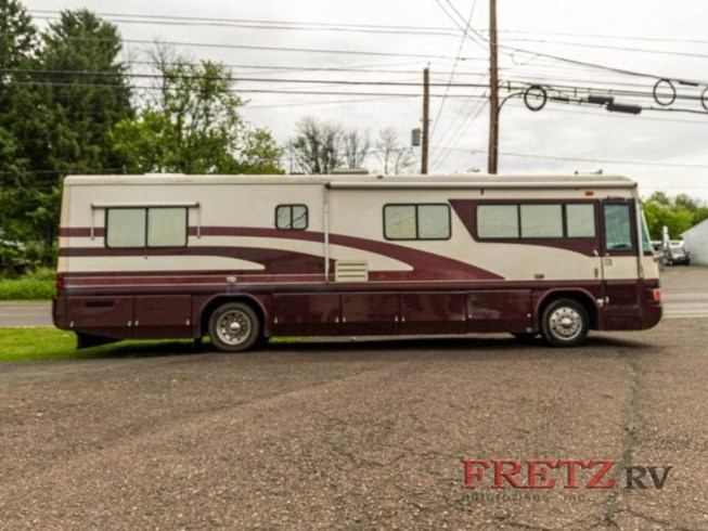 Used 1998 Country Coach Intrigue TIARA 36 MTRH. available in Souderton, Pennsylvania