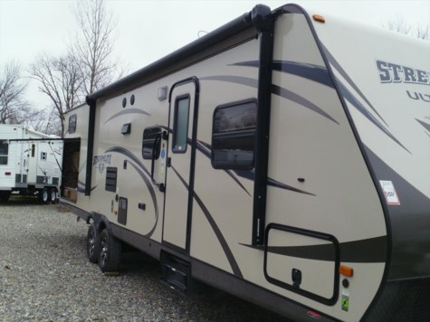 Used 2015 Gulf Stream StreamLite Ultra Lite 30DCT For Sale by Fuller Motorhome Rentals available in Boylston, Massachusetts