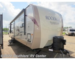 #RGG78325 - 2018 Forest River Rockwood Signature Ultra Lite 8310SS