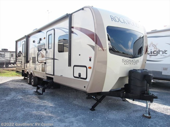 2017 Forest River Rockwood Signature Ultra Lite 8311WS
