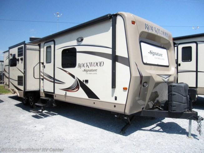 2015 Forest River Rockwood Signature Ultra Lite 8293IKRBS