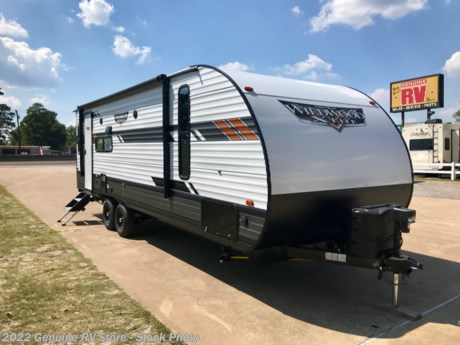<p><strong>2020 Forest River Wildwood XL 24RL Travel Trailer...</strong></p>