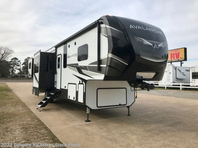 New 2020 Keystone Avalanche 376RD available in Nacogdoches, Texas