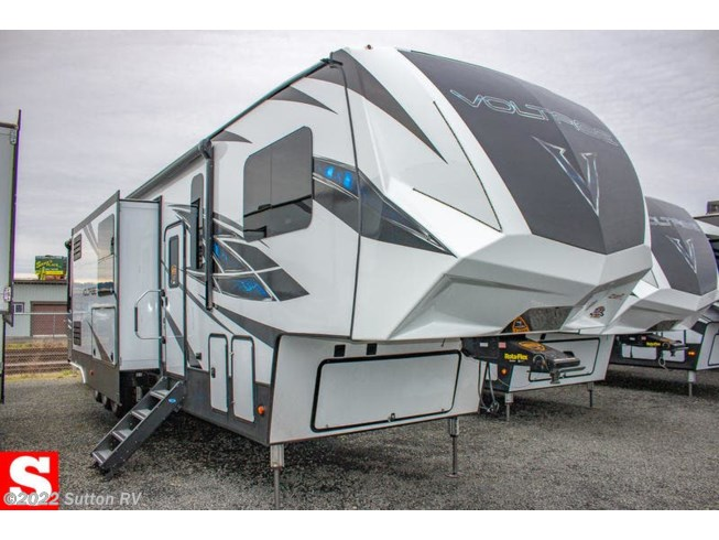 2019 Voltage 4185 by Dutchmen from Sutton RV in Eugene, Oregon
