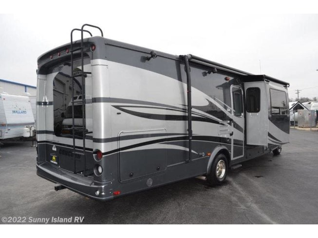 2011 300TS by Coachmen from Sunny Island RV in Rockford, Illinois