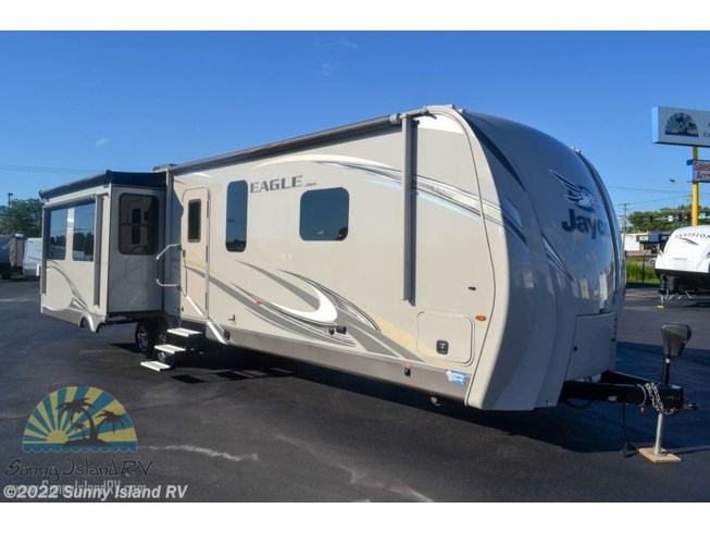 Used 2017 Jayco 330RSTS available in Rockford, Illinois