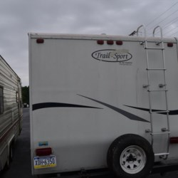 Used 2006 R-Vision Trail-Lite 27FQ For Sale by Delmarva RV Center in Seaford available in Seaford, Delaware