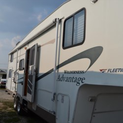Used 2005 Fleetwood Wilderness Advantage 295 2TBS For Sale by Delmarva RV Center in Seaford available in Seaford, Delaware