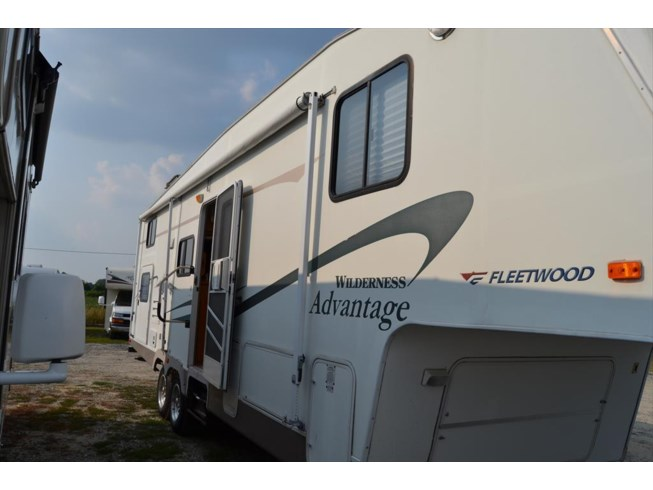 Used 2005 Fleetwood Wilderness Advantage 295 2TBS available in Seaford, Delaware