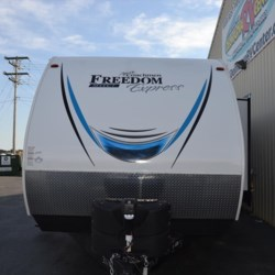 2018 Coachmen Freedom Express Select 31SE  - Travel Trailer New  in Milford DE For Sale by Delmarva RV Center call 800-843-0003 today for more info.