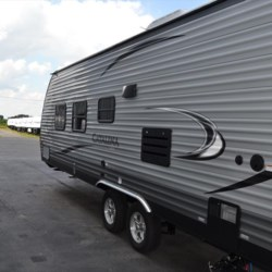 Delmarva RV Center 2017 Catalina SBX 231RB  Travel Trailer by Coachmen | Milford, Delaware