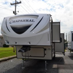 2018 Coachmen Chaparral Lite 29BHS  - Fifth Wheel New  in Seaford DE For Sale by Delmarva RV Center in Seaford call 302-212-4392 today for more info.