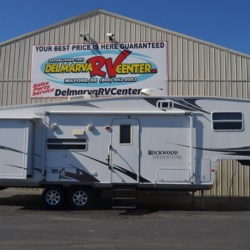 Used 2008 Forest River Rockwood Signature Ultra Lite 8288 For Sale by Delmarva RV Center in Smyrna available in Smyrna, Delaware