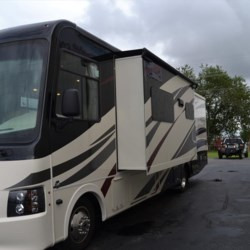 Delmarva RV Center 2018 Pursuit 33BH  Class A by Coachmen | Milford, Delaware