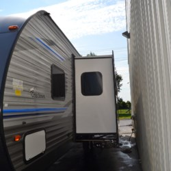 Delmarva RV Center 2019 Catalina 323BHDSCK  Travel Trailer by Coachmen | Milford, Delaware