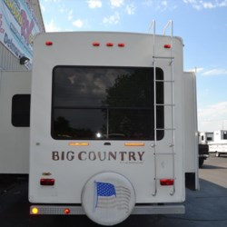 2008 Heartland  Big Country 3075RL  - Fifth Wheel Used  in Milford DE For Sale by Delmarva RV Center call 800-843-0003 today for more info.