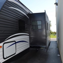 Delmarva RV Center 2018 Aspen Trail 2910BHS  Travel Trailer by Dutchmen | Milford, Delaware