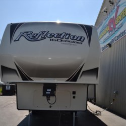 2019 Grand Design Reflection 230RL  - Fifth Wheel New  in Milford DE For Sale by Delmarva RV Center call 800-843-0003 today for more info.