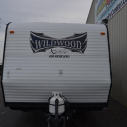 2015 Forest River Wildwood X-Lite FSX 205  - Travel Trailer Used  in Milford DE For Sale by Delmarva RV Center call 800-843-0003 today for more info.