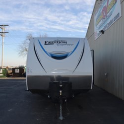 2018 Coachmen Freedom Express LTZ 275BHS  - Travel Trailer New  in Milford DE For Sale by Delmarva RV Center call 800-843-0003 today for more info.