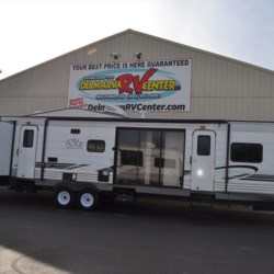 New 2018 Forest River Wildwood 402QBQ For Sale by Delmarva RV Center in Seaford available in Seaford, Delaware