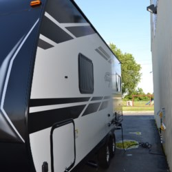 Delmarva RV Center 2019 Imagine XLS 19RLE  Travel Trailer by Grand Design | Milford, Delaware