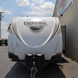 2018 Coachmen Freedom Express 292BHDS  - Travel Trailer Used  in Milford DE For Sale by Delmarva RV Center call 800-843-0003 today for more info.