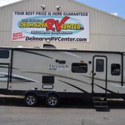 Used 2018 Coachmen Freedom Express 292BHDS For Sale by Delmarva RV Center available in Milford, Delaware