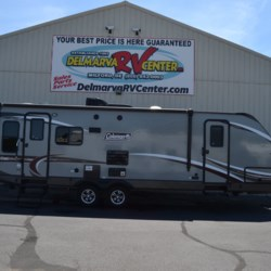Used 2017 Coleman Light 2605RL For Sale by Delmarva RV Center available in Milford, Delaware