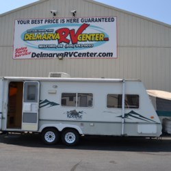 Used 2004 Dutchmen Kodiak 235 For Sale by Delmarva RV Center available in Milford, Delaware