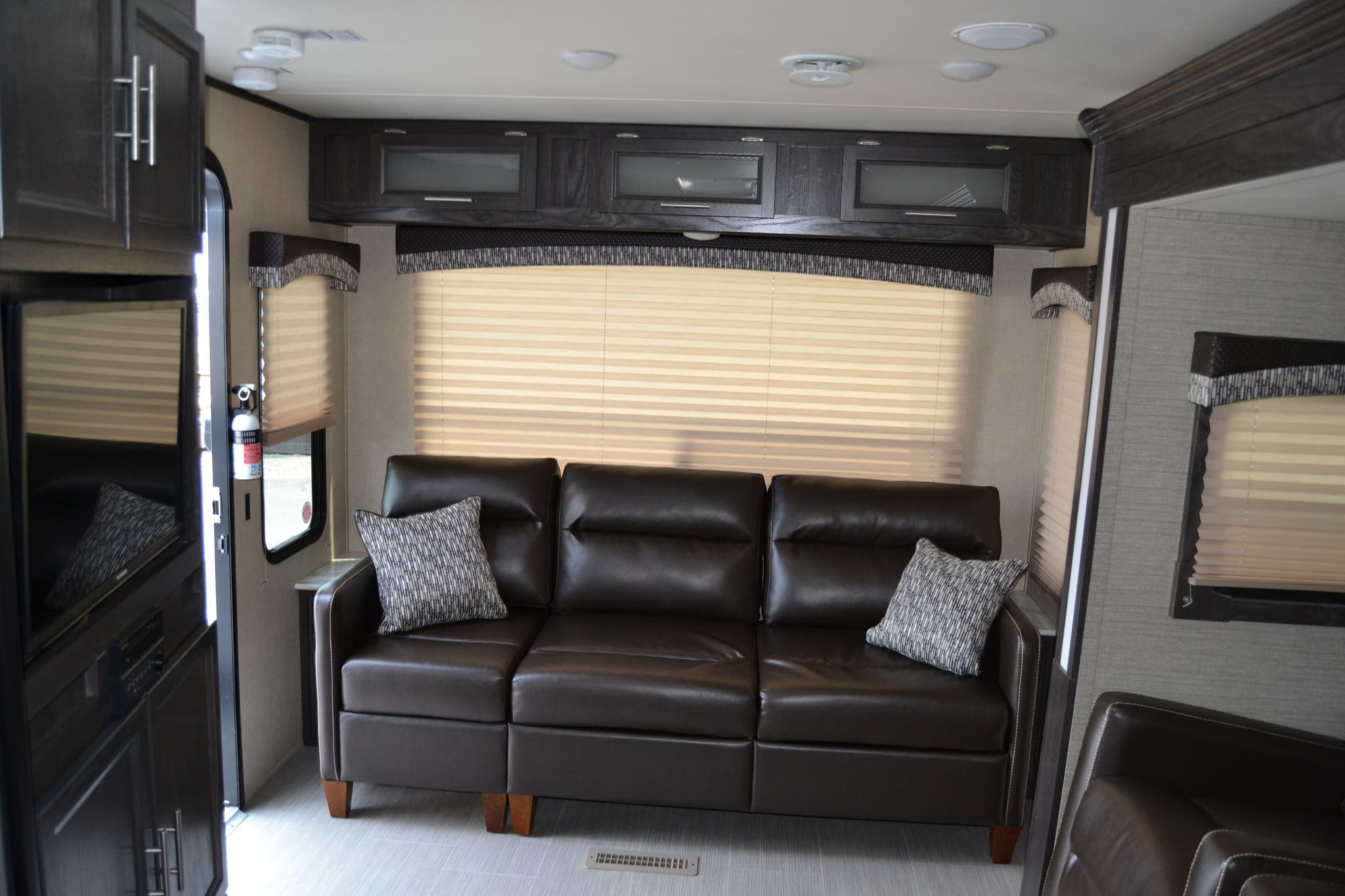 Terrific 2017 Dutchmen Rv Kodiak 290Rlsl For Sale In Seaford De 19973 Um17061 Pabps2019 Chair Design Images Pabps2019Com